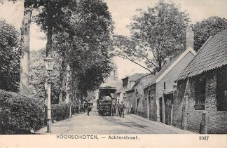 Ansichtkaart Voorschoten Achterstraat met Stoomtram Tram Vervoer Haarlem - Leiden Bollenlijn Noord-Zuid-Hollandsche Stoomtramweg-Maatschappij 1909 HC6533