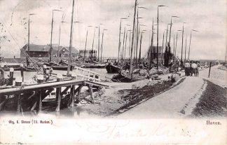 Ansichtkaart Marken Haven met vissers schepen 1903 HC6548