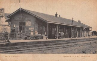 Ansichtkaart Deventer Station H.IJ.S.M. Spoorwegen Treinen HC6563