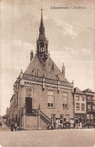 Ansichtkaart Schoonhoven Stadhuis Militair verzonden 1917 HC6635
