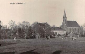 Ansichtkaart West-Graftdijk Fotokaart Hervormde Kerk en koeien in de wei Alkmaar Schermer HC6694