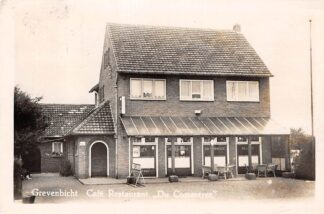 Ansichtkaart Grevenbicht F.A. de Swart Café-Restaurant Du Commerce Born Sittard Geleen  HC6710