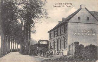 Ansichtkaart Beek (LB) Groote Rijksweg J. van Buggenum Pension Restaurant 1910 HC6948