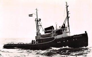 Ansichtkaart IJmuiden Motor Sleepboot Friesland Wijsmuller Schepen Scheepvaart HC7032