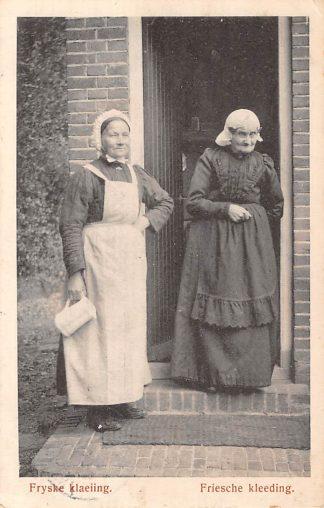 Ansichtkaart Heerenveen Fryske klaeiing Friesche kleeding Klederdracht 1919 HC7119