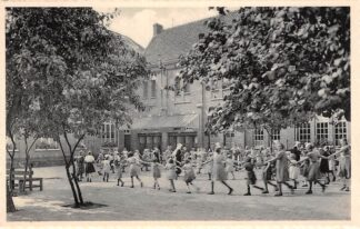 Ansichtkaart België Ravels O.L. Vrouw van de Kempen Open-lucht-school voor zwakke meisjes De kleine speelplaats HC7330