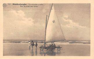 Ansichtkaart België Blankenberge Een drywiel met zeilen op het strand zee Un tricycle a voile HC7401