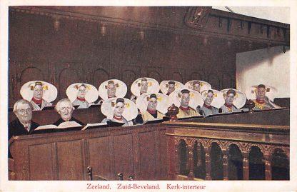 Ansichtkaart 's Heer Arendskerke Goes Zuid-Beveland Kerkinterieur Klederdracht HC7445