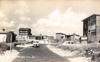 Ansichtkaart Bergen (NH) aan Zee Auto 1957 HC7661