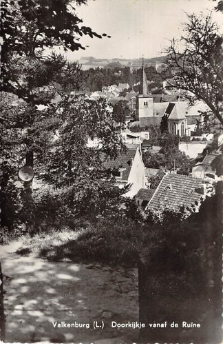 Ansichtkaart Valkenburg (LB) Doorkijkje vanaf de Ruine 1959 HC7702