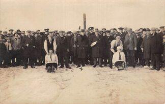 Ansichtkaart Ouderkerk aan den IJssel Fotokaart Prikslede wedstrijd achter het dorp Winter sneeuw HC7751