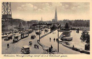 Ansichtkaart Rotterdam Koninginnebrug vanaf de v.d. Takstraat gezien Auto Tram Bus 1939 HC7797