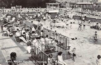 Ansichtkaart Alphen aan den Rijn Terras Zwembad 1959 HC7973
