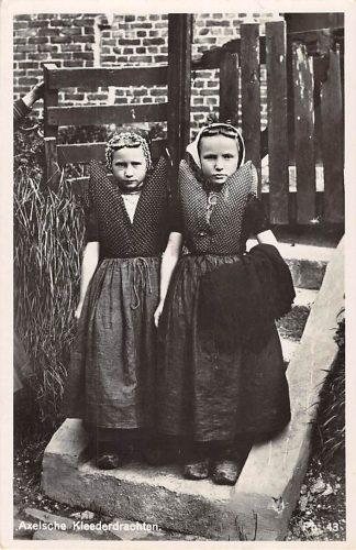 Ansichtkaart Axel Axelsche Kleederdrachten 1936 Meisjes in klederdracht HC8125