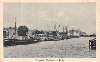 Ansichtkaart Urk Aankomst Postboot 1923 Vissers schepen Binnenvaart HC8334