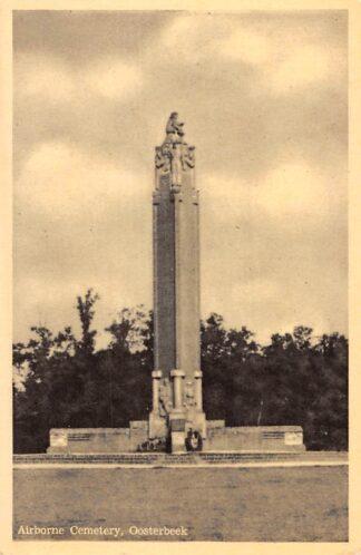Ansichtkaart Oosterbeek bij Arnhem Airborne Cemetery Begraafplaats Militair HC8368