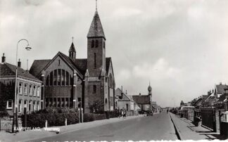 Ansichtkaart Kamperland Veerweg met Gereformeerde Kerk 1964 Noord-Beveland HC8452
