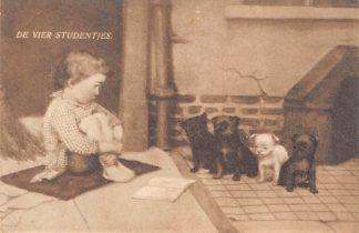 Ansichtkaart Fantasie Kind met vier hondjes Dieren 1910 HC8475