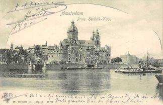 Ansichtkaart Amsterdam Prins Hendrikkade Binnenvaart schepen Scheepvaart HC8484