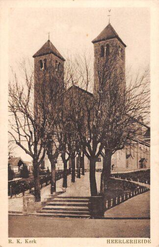 Ansichtkaart Heerlerheide bij Heerlen R.K. kerk HC8641
