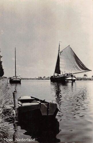 Ansichtkaart Mooi Nederland Onbekend Binnenvaart schepen Scheepvaart HC8685