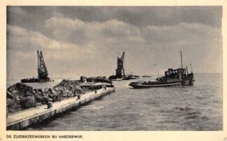 Ansichtkaart Harderwijk De Zuiderzeewerken Sleepboot Baggermolen Scheepvaart Flevoland HC8719