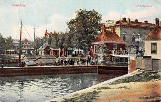 Ansichtkaart Zaandam De oude sluis Binnenvaart schepen Scheepvaart HC8749