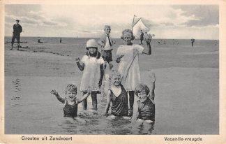 Ansichtkaart Zandvoort Groeten uit 1931 Vacantie-vreugde Zee en strand met kinderen HC8753