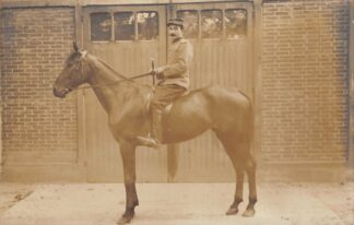 Ansichtkaart Frankrijk Fotokaart Militair Soldaat te paard Dieren France Limoges Europa HC8856