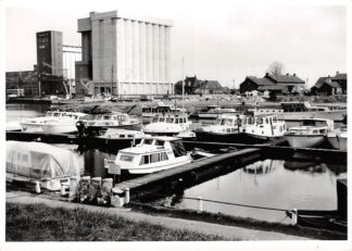 Ansichtkaart Venray Wanssum aan de Maas Fotokaart Jachthaven en Fabriek Rijkspolitie Limburg HC8864