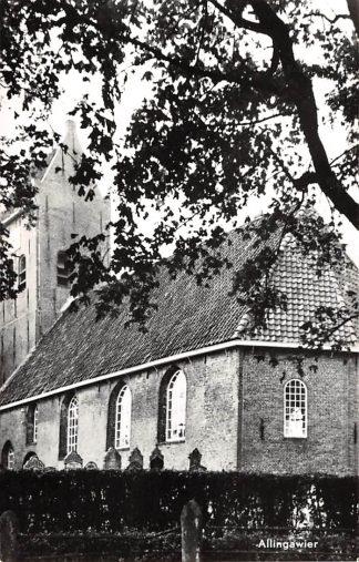 Ansichtkaart Allingawier Ned. Hervormde Kerk met begraafplaats Exmorra HC8921