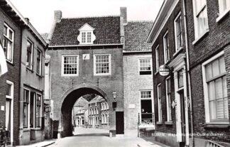Ansichtkaart Buren (GD) Wapenmuseum Oudheidkamer Reclame Breda Bier HC9056