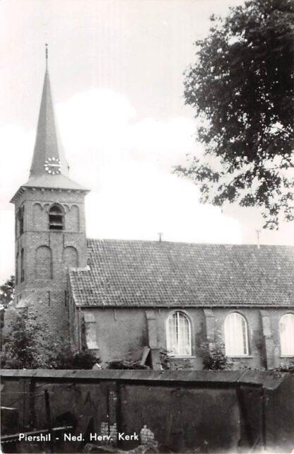 Ansichtkaart Piershil Ned. Hervormde Kerk 1968 HC9120