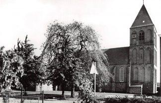 Ansichtkaart IJzendoorn Ned. Hervormde Kerk 1975 HC9169