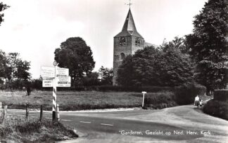 Ansichtkaart Garderen Gezicht op de Ned. Hervormde Kerk 1964 HC9174