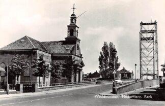 Ansichtkaart Waddinxveen Ned. Hervormde Kerk met Hefbrug over de Gouwe en auto 1966 HC9181