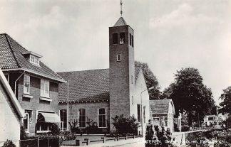 Ansichtkaart Lunteren Gereformeerde Kerk en Pastorie 1970 HC9185