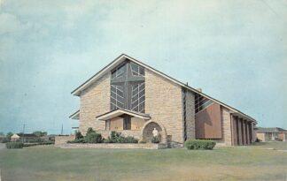 Ansichtkaart Canada Brantford St. Pius Roman Catholic Church Kerk 1967 Noord-Amerika HC9196