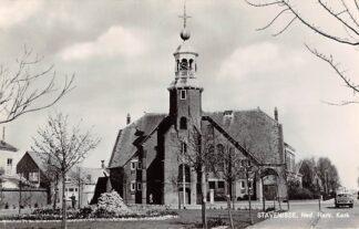 Ansichtkaart Stavenisse Ned. Hervormde Kerk Auto 1971 HC9226