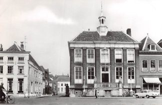 Ansichtkaart Zaltbommel Stadhuis Auto HC9359
