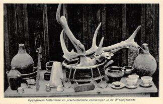 Ansichtkaart Wieringen 1923 Opgegraven historische en prehistorische voorwerpen in de Wieringermeer Afsluitdijk IJsselmeer Friesland Flevoland HC9374