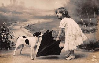 Ansichtkaart Fantasie Kind met hond en paraplu 1907 HC9377