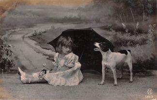 Ansichtkaart Fantasie kind met hond en paraplu 1907 HC9379