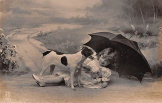 Ansichtkaart Fantasie Kind Meisje met hond en paraplu 1907 HC9380