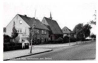 Ansichtkaart Alphen aan den Rijn Emmalaan met Bethel kerk Gereformeerde Gemeenten HC9397