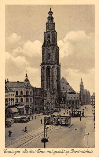Ansichtkaart Groningen Martini-Toren met gezicht op Provinciehuis Trams en tram halte Auto's 1936 HC9436
