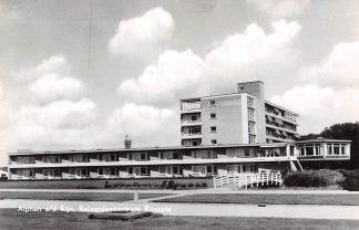 Ansichtkaart Alphen aan den Rijn Bejaardencentrum Rijnzate 1966 HC9448