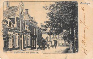 Ansichtkaart Groningen Martinikerkhof met Gardepoort Vivat 634 HC9456