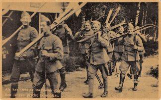 Ansichtkaart Militair Mobilisatie 1939 Als het strakjes sneeuwen gaat Ben ik een pracht ski-soldaat Soldaten met ski's Winter WO2 HC9751