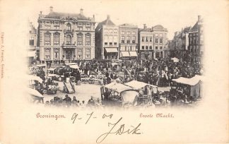 Ansichtkaart Groningen Groote Markt Marktdag met kramen en volk Straatleven Volksleven 1900 Kleinrondstempel Ostende België HC9819